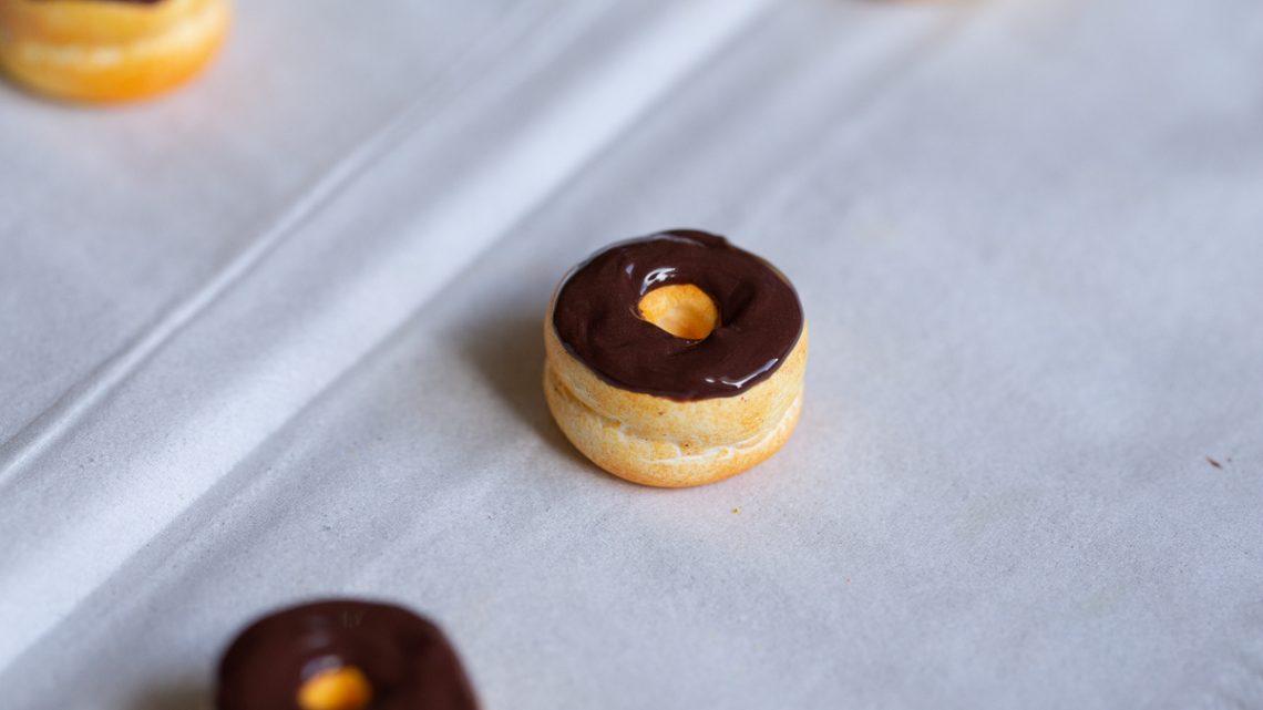 DIY Donuts aus FIMO – Willkommen im zuckerfreien Süßigkeitenland