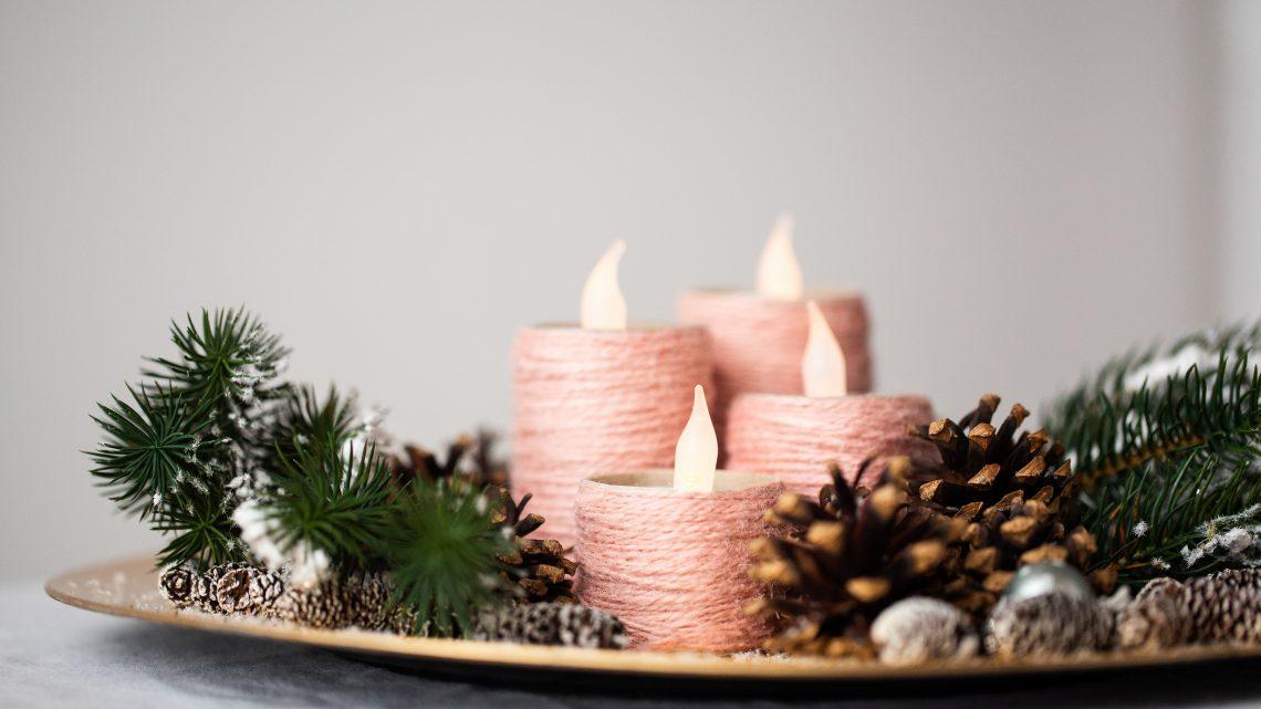 Adventskranz aus Klopapierrollen basteln – DIY Weihnachten
