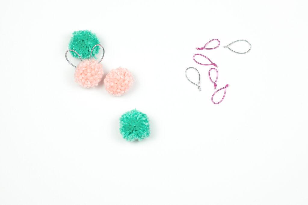 Pompom Hasen Stifte - Osterspaß