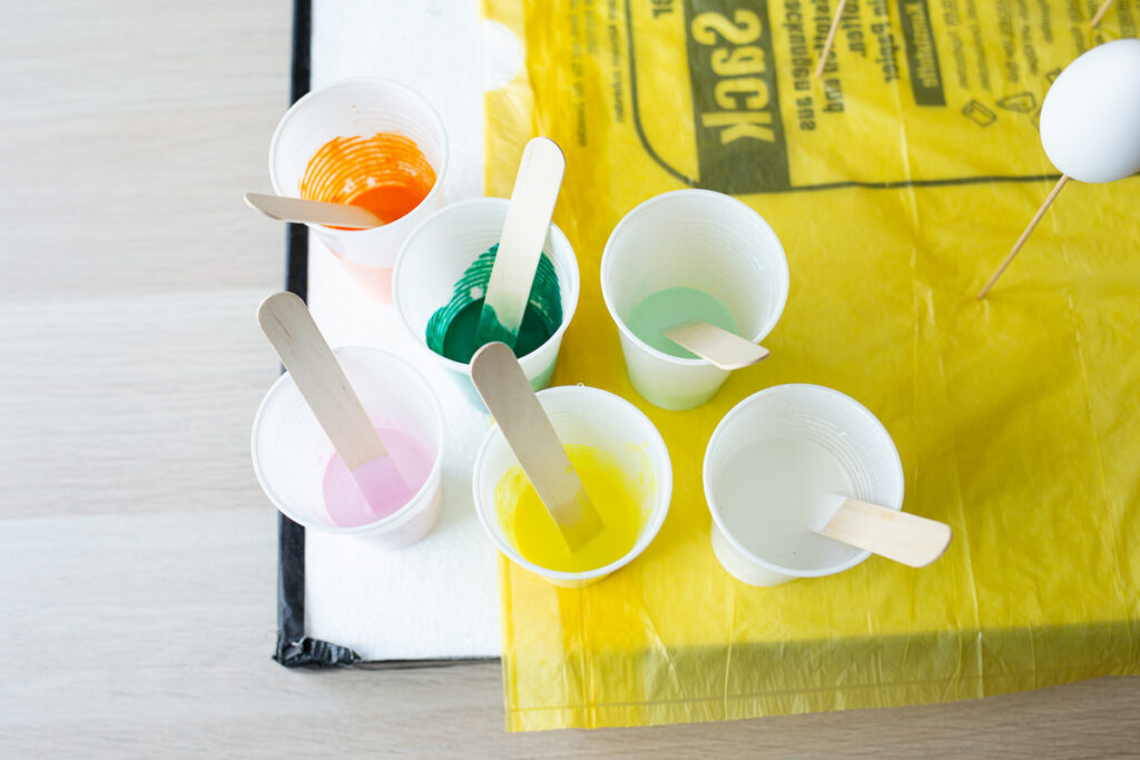 Ostereier im Acrylic Pouring Look - DIY Anleitung