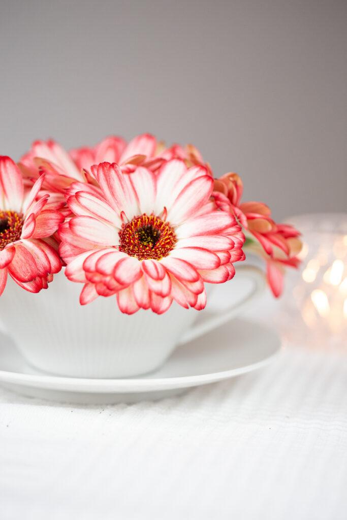 Blumentasse zum Muttertag - Blümchenkaffee mal anders