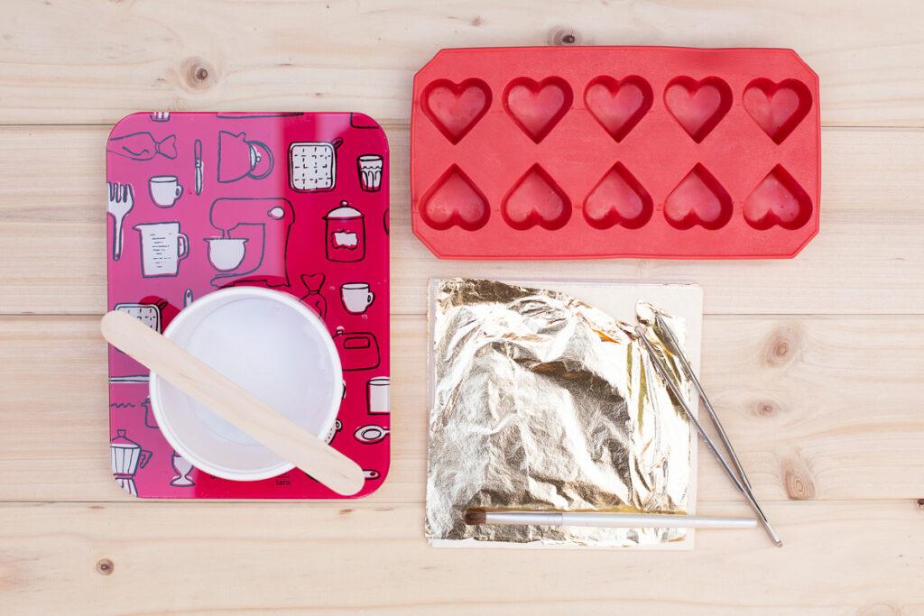 DIY Beton Herzen mit Blattgold - Tischdeko zur Hochzeit