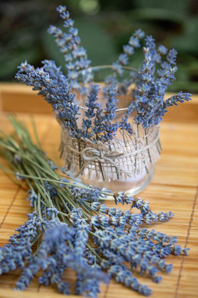 Lavendel Teelichter selber machen