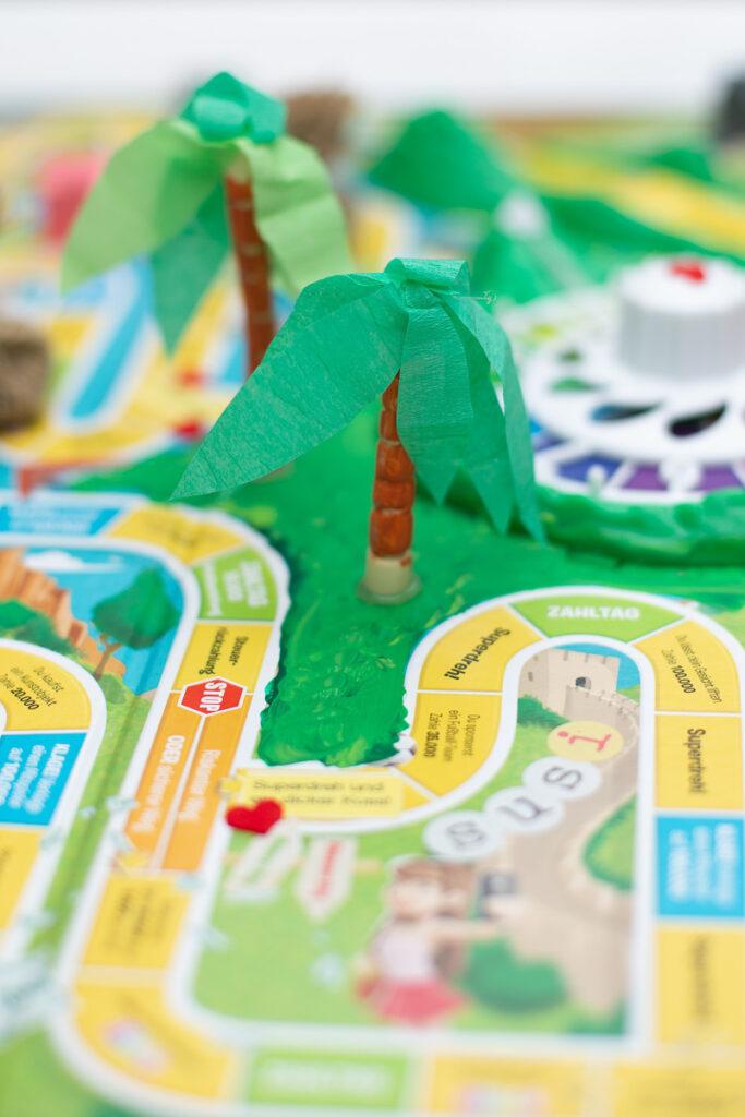 DIY Kreatives Geldgeschenk zur Hochzeit basteln - Spiel des Lebens individualisieren [Werbung]