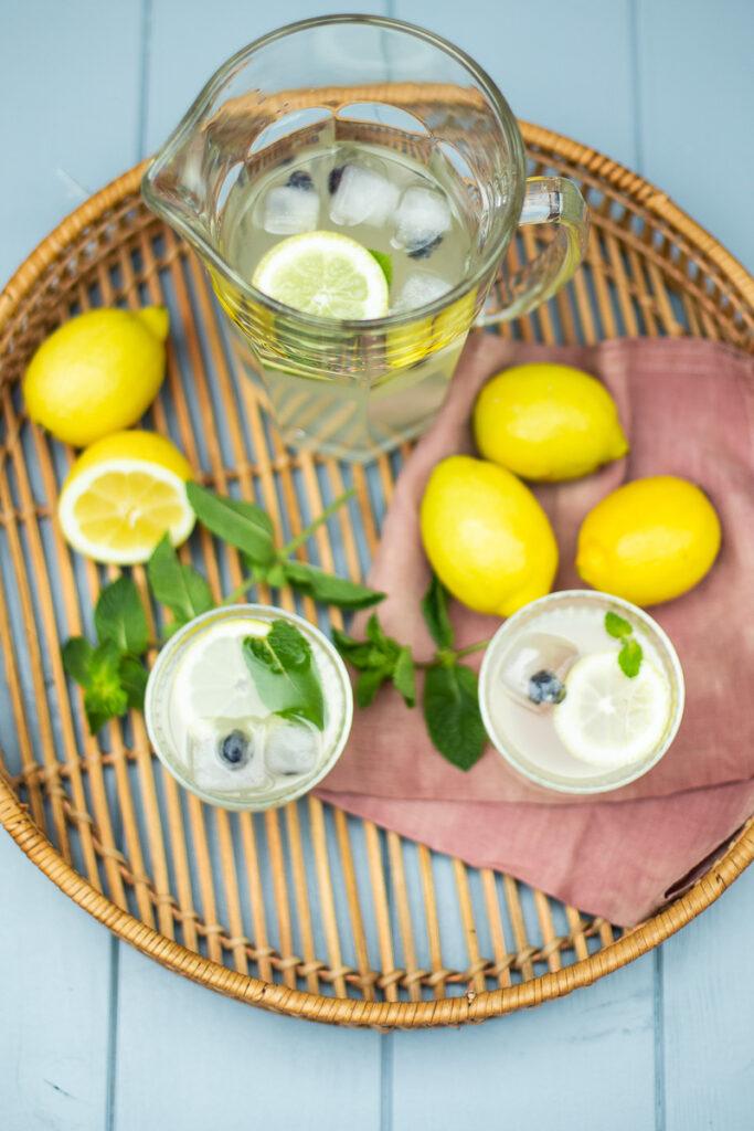Erfrischende Zitronen Limonade selber machen