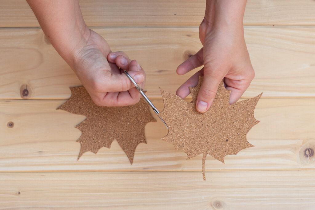 DIY Kork Untersetzer selber machen - Herbstdeko für den Tisch