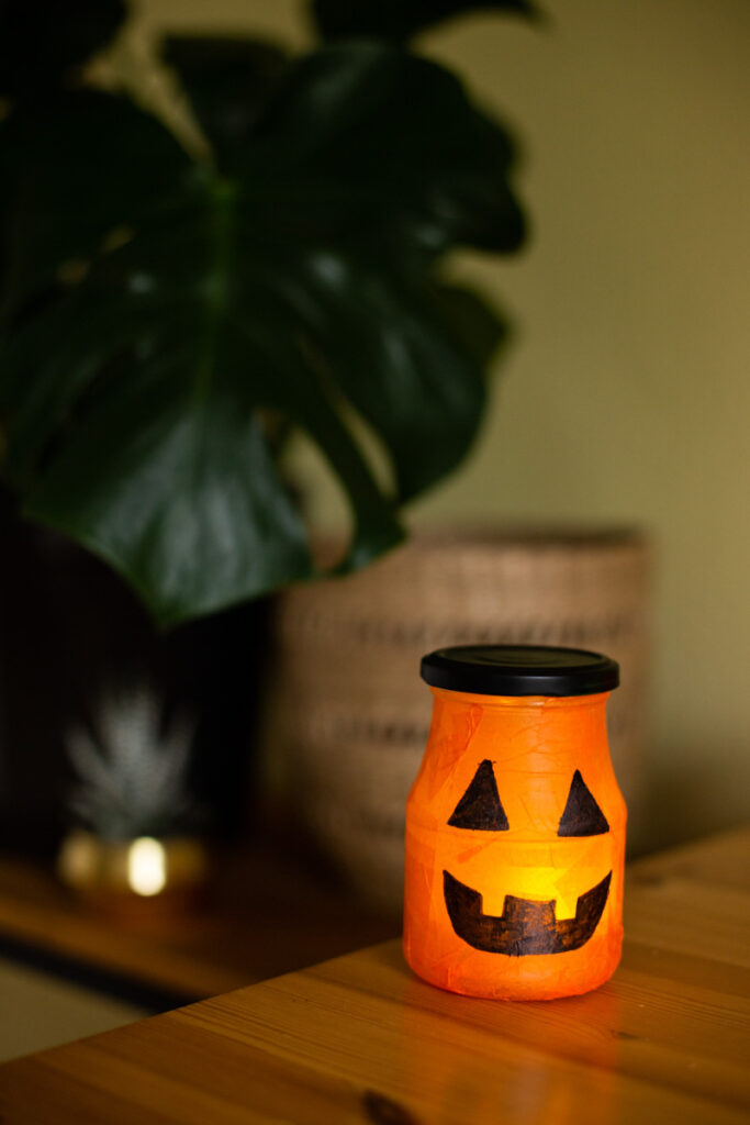 Diy Halloween Deko Selber Machen Leuchtende Kurbis Lichter Diy Blog Do It Yourself Anleitungen Zum Selbermachen Wiebkeliebt