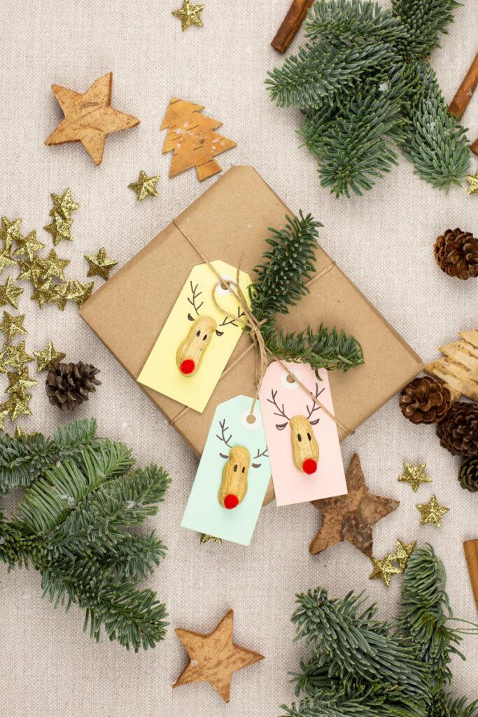 DIY Geschenk Anhänger basteln - Einfache Rudolph Anhänger mit Anleitung
