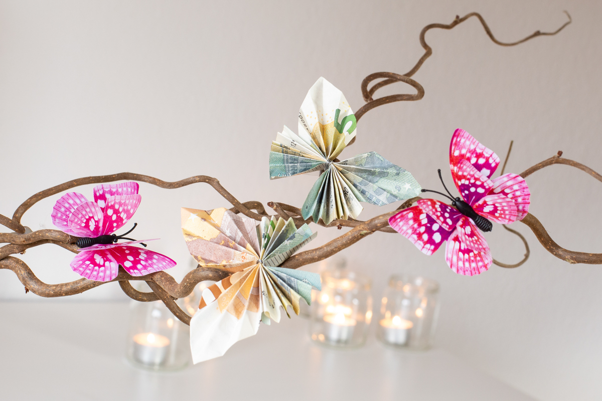 Diy Schmetterlinge Aus Geld Falten Anleitung Fur Besondere Geldgeschenke Werbung Diy Blog Do It Yourself Anleitungen Zum Selbermachen Wiebkeliebt
