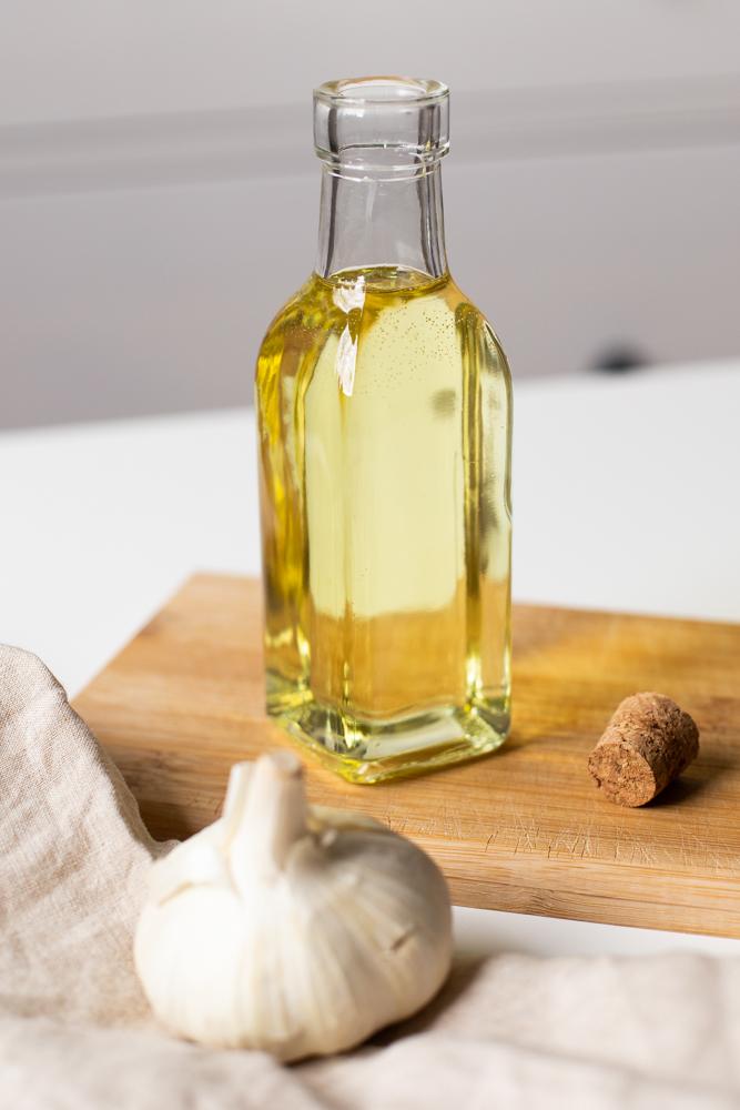 DIY Knoblauchöl selber machen: Einfaches Rezept