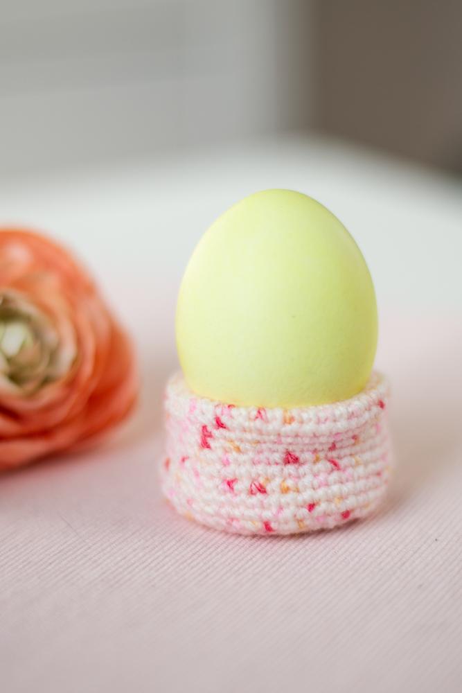 Eierbecher häkeln zu Ostern - kostenlose Anleitung für Anfänger