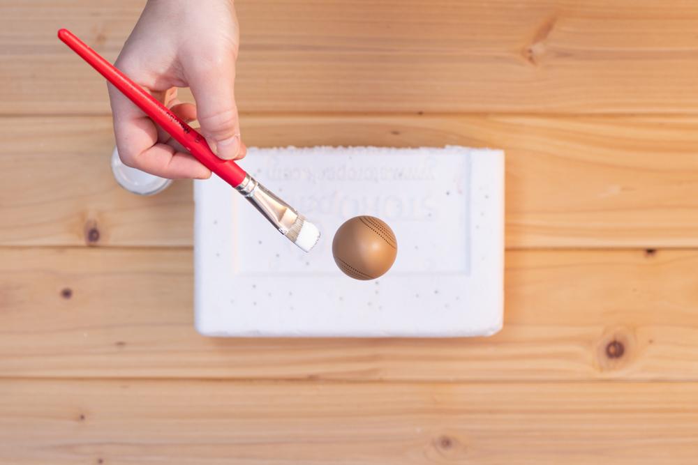 DIY Osterdeko selber machen - Ostereier mit Krakeliereffekt